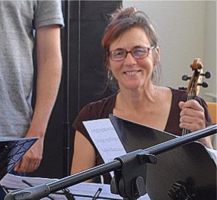 Emily Onderdonk (viola)