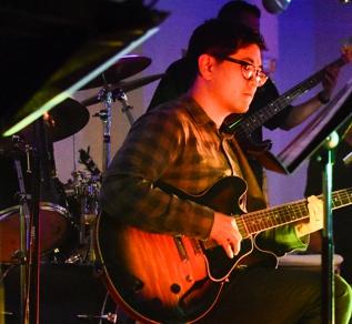 Tony Song (guitar)
